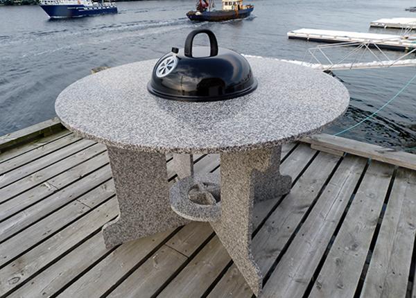 Садовый стол с грилем