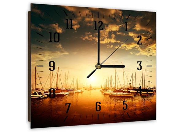 Настенные часы с картиной Port