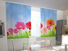 Затемняющая штора Bright gerberas in the kitchen 200x120 см ED-98583