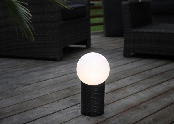 Светильник в сад с солнечной панелью AA-109609